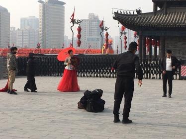 xi'an city wall wedding pics