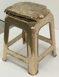 The golden stool... hmm... do I wanna know what they want to say with this??